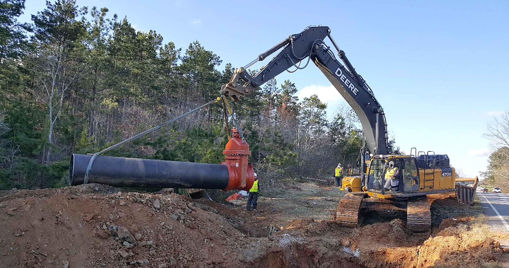 More than 13 miles of AMERICAN ductile iron pipe and nearly two dozen AMERICAN Flow Control resilient wedge gate valves with Flex-Ring ends were installed as part of the Richland Creek project.